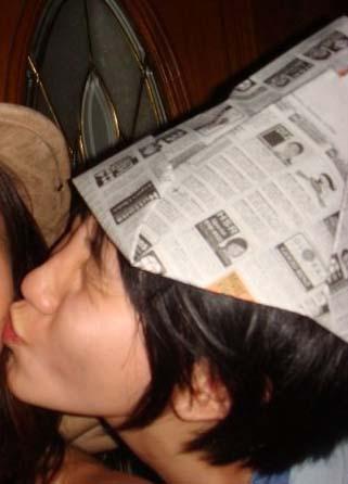 newspaper-hat1